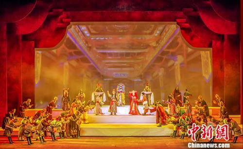 西藏历史舞台剧《金城公主》拉萨河畔首次公演