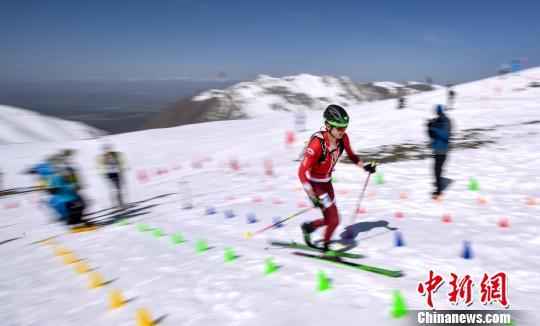 青海岗什卡世界滑雪登山大师赛落幕 藏族选手表现不俗