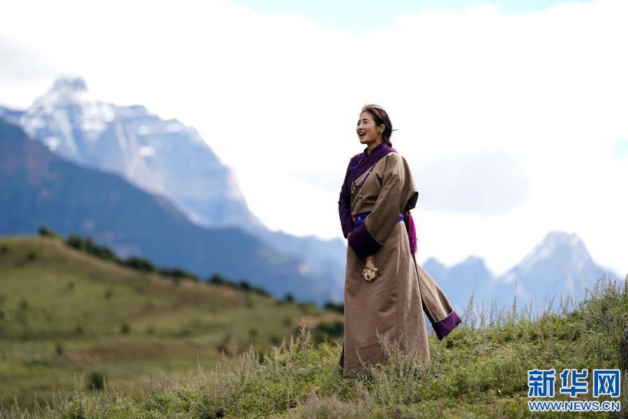 """西藏""""柏杨""""传人杨总:""""为故乡歌唱 无怨无悔 """""""