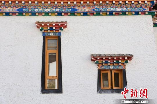 【万峰离婚】游客眼中藏东小村庄:现代与朴实可以共存