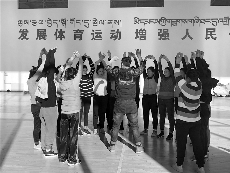 """西藏拉萨市2020年""""藏晚""""排练正酣"""