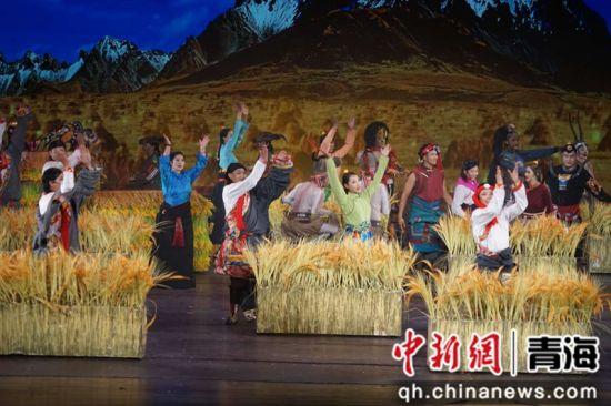圖為音樂劇《卓瑪姑娘》劇照。胡貴龍攝