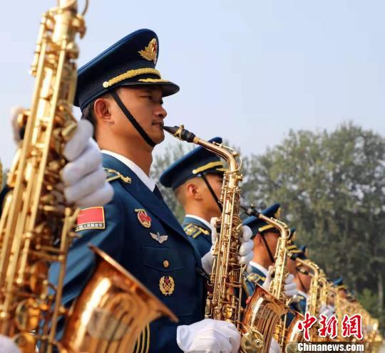 """等待10余年西藏高原军人的""""阅兵梦""""照进现实"""