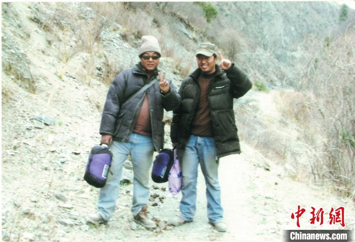西藏高原筑路人:让高速公路拉近雪域儿女的距离