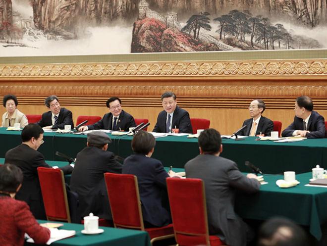 2019年3月8日,冠亚br88参加十三届全国人大二次会议河南代表团的审议。