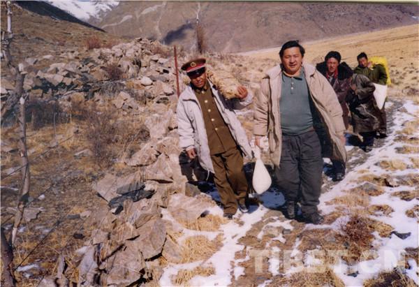 """""""汉族人""""张加多的藏族文学梦"""