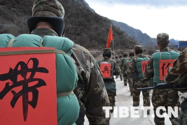 西藏武警机动部队_野营拉练中的战地文化魅力_原创_中国西藏网