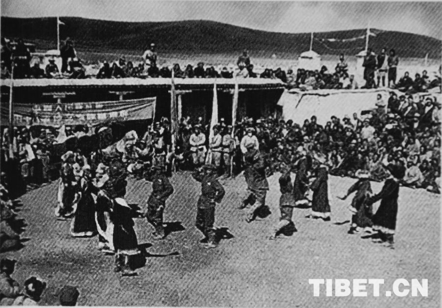 看西藏文工团老照片 听王勉之讲故事:爱你,在心里