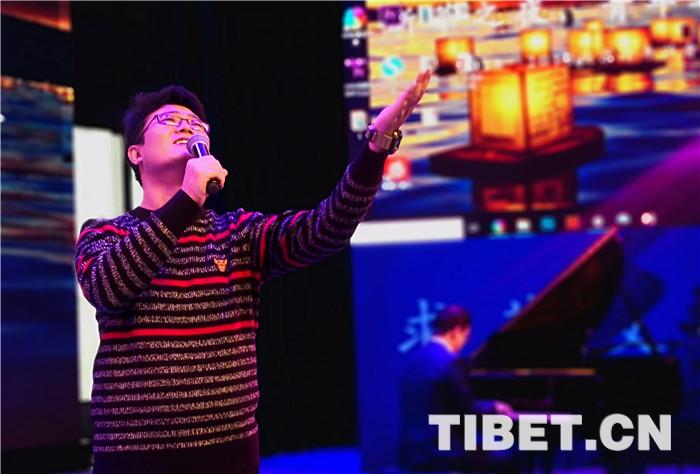 一场12小时的文学狂欢,西藏诗歌与六朝古都的碰撞