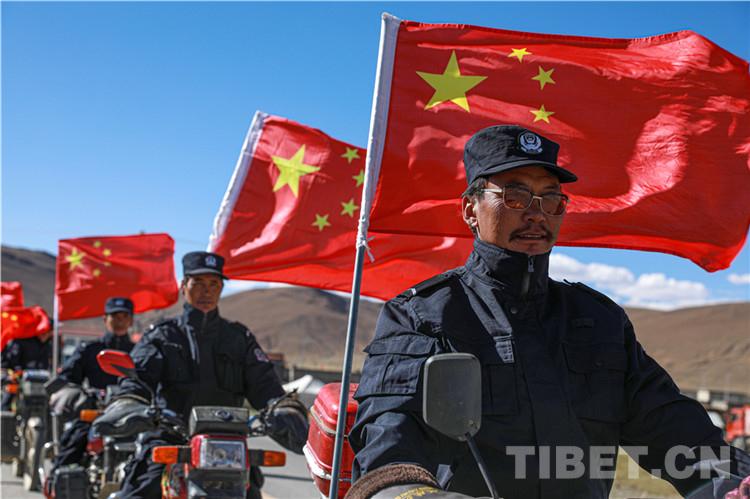 一山一水,都是家园 一草一木,皆为中国