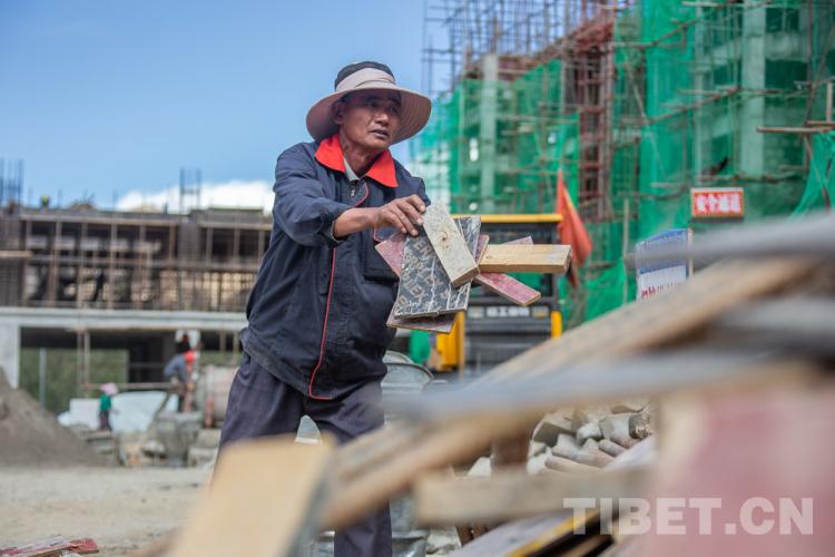 西藏多举措推进农牧民转移就业