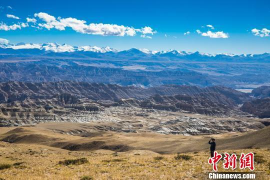 西藏13万民众直接参与旅游增收致富