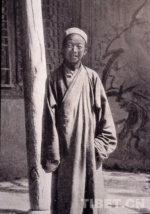 """一座博物馆与6062件""""劫后余生""""的敦煌藏经洞藏文遗书"""