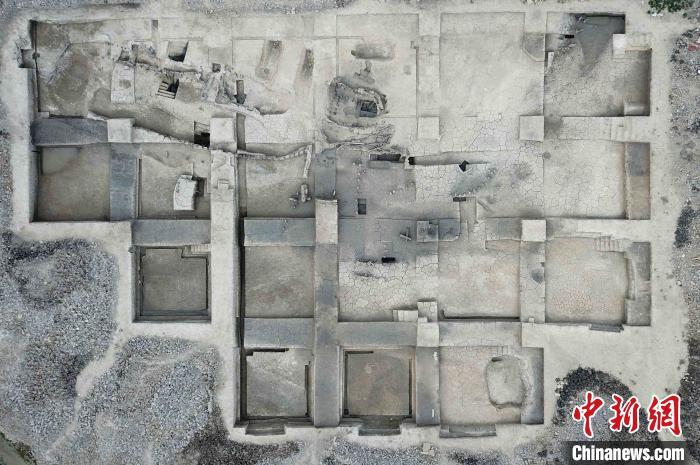 在浙江余姚发现汉六朝时期的滨水遗址和京头山遗址具有亲水性特征