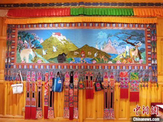 """青海""""贵南藏绣""""绣出了青藏高原独特的历史文化"""