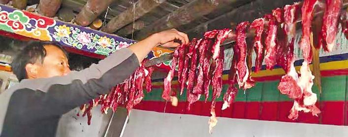 西藏节前市场见闻:瞧,这个农历新年!