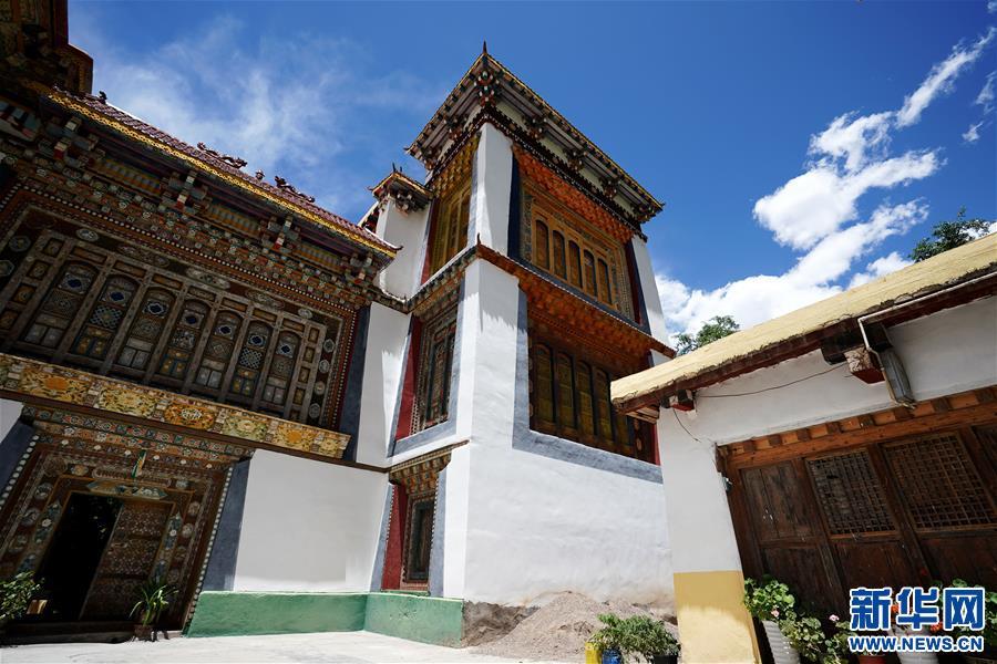 (美丽中国)(1)怒江峡谷沿岸的建筑瑰宝――东坝民居
