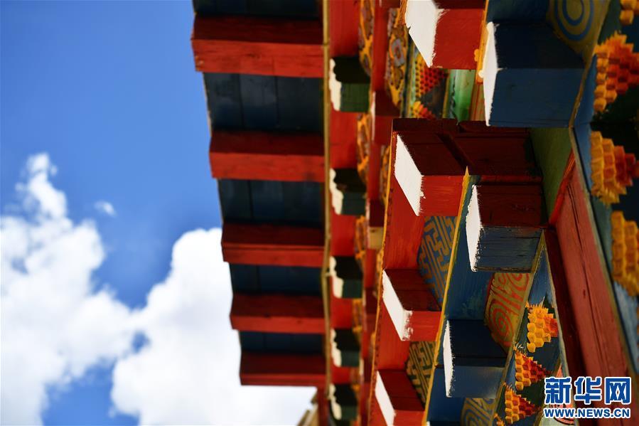 (美丽中国)(3)怒江峡谷沿岸的建筑瑰宝――东坝民居