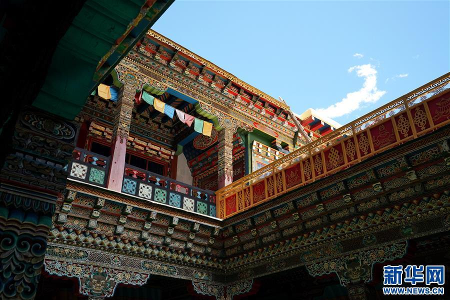 (美丽中国)(6)怒江峡谷沿岸的建筑瑰宝――东坝民居
