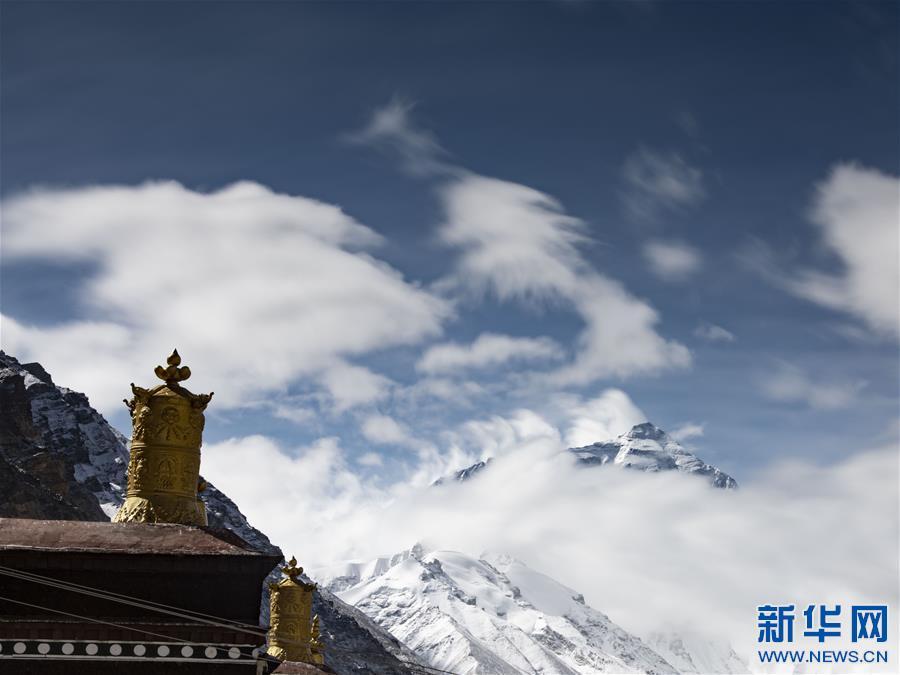 (2020珠峰高程测量・新华视界)(15)看珠峰云卷云舒 观巅峰千姿百态