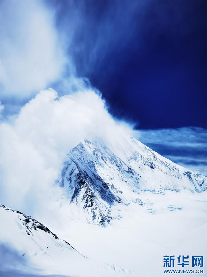 (2020珠峰高程测量・新华视界)(21)看珠峰云卷云舒 观巅峰千姿百态