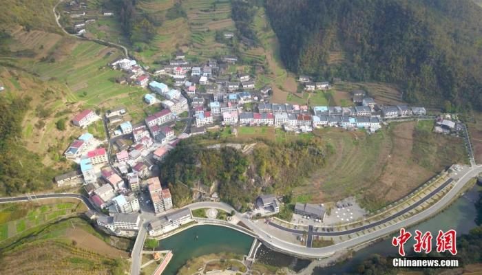 深山沟里的湖北淘宝第一村:电商年销售额破2亿元