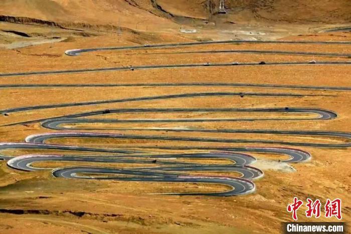 西藏珠峰边境派出所:没有白走的巡逻路每一步都算数