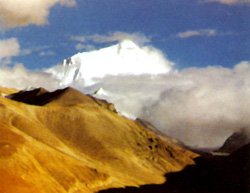 喜马拉雅山主峰珠峰朗玛峰(海拔8848.13米)